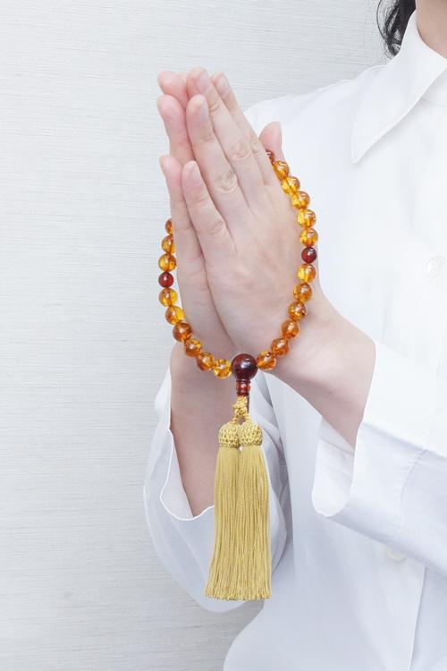 山田念珠堂数珠の持ち方