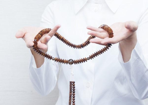 数珠の選び方 10. 仏教の宗派毎の数珠の決まりがありますか
