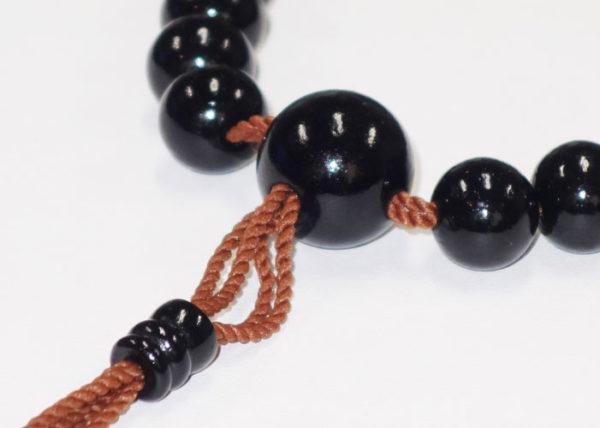 山田和義 珠数の話(4)玉と共に命の数珠糸