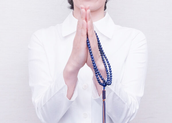 数珠の選び方5. 特に仏教を信じているわけではないのですが、数珠は持った方が良いのですか。