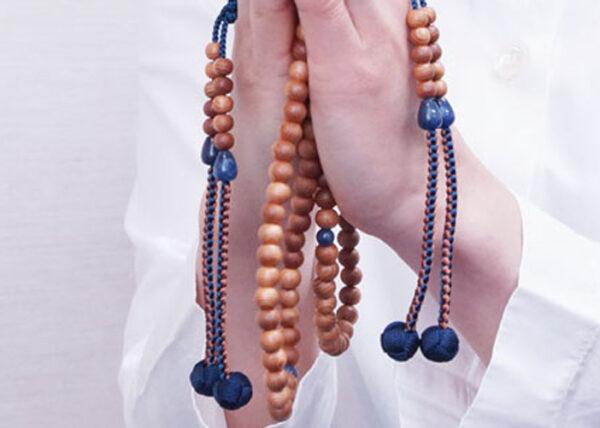 数珠の歴史(13) 姫君と公達たちの数珠⑤ 数珠を借りて良い生まれ代わりを願う